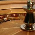 EB: Bizonyos feltételek mellett megtiltható a külföldi kaszinók reklámozása