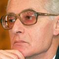 Született büntetőbíró – Elhunyt Strausz János volt alkotmánybíró